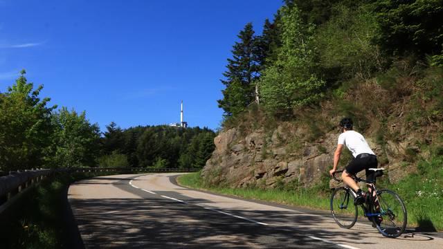 cols emblématiques montée oeillon burdignes pilat vélo route cyclo