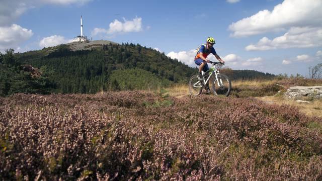 vtt pilat cross country vélo tout terrain circuits histoire historique circuits parcours