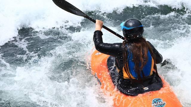 Descente en Kayak, Espace Eaux Vives, Pilat.