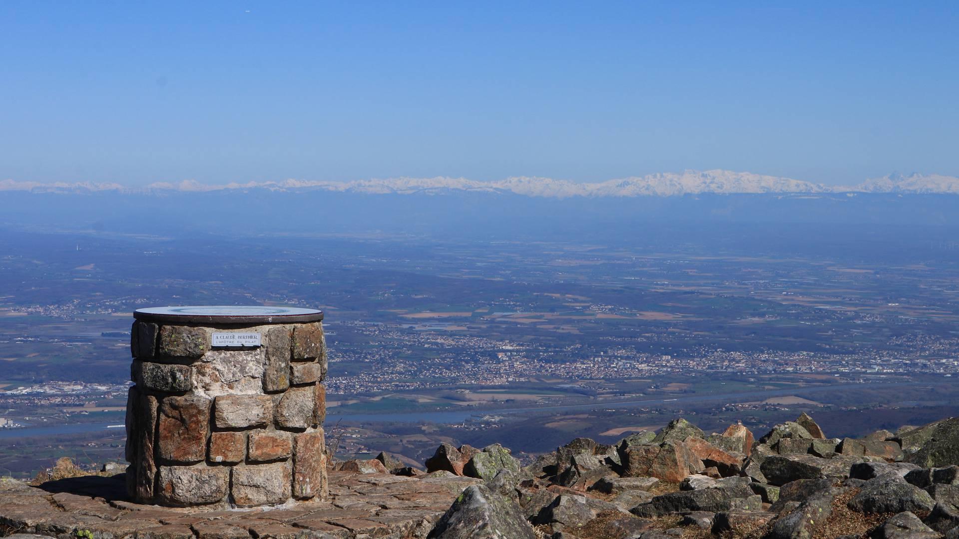 Panorama depuis le Crêt de l'Oeillon, Massif du Pilat