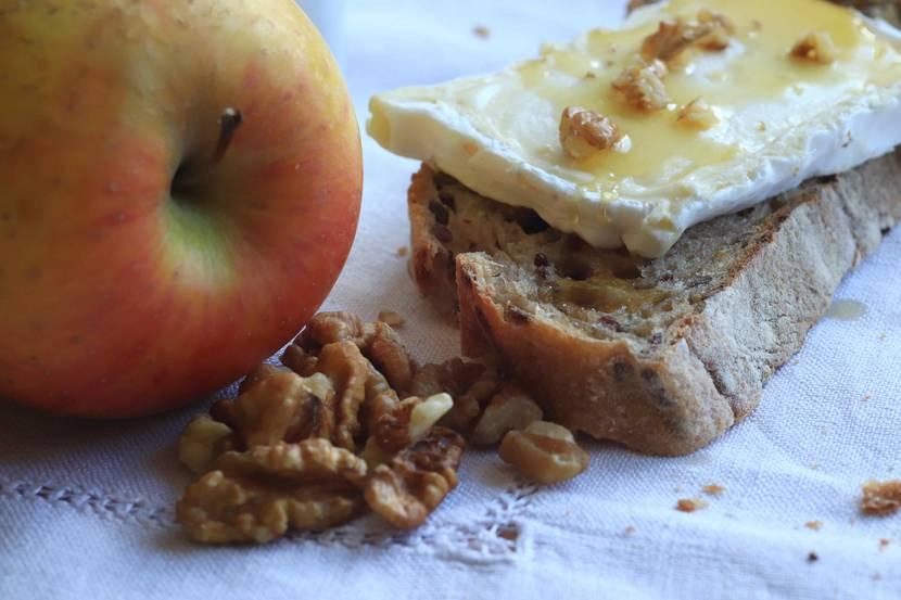 Bûche du Pilat et pomme