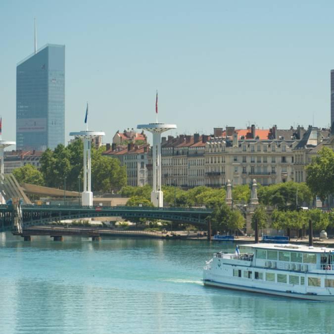 Bateau restaurant Herm+¿s-Rh+¦ne-Part Dieu-Lyon City Boat_800x532