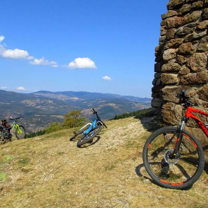 Cols emblématiques pilat montée cyclo Burdignes cyclisme