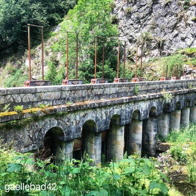Vantellerie au barrage du gouffre d'enfer © gaellebad42
