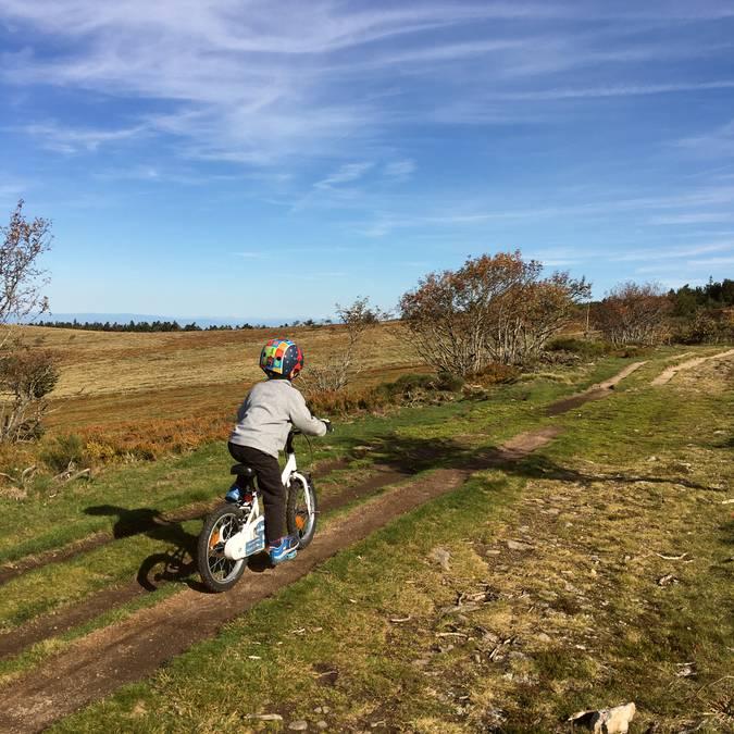 circuits itinéraires parcours vélo vtt famille pilat